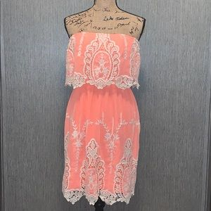 Hot & Delicious Strapless Floral Dress Size M